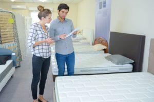 Müssen Online-Händler bereits ausgepackte Matratzen zurücknehmen